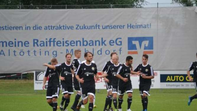 Der FC Töging siegte in Geretsried