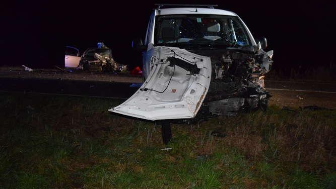 Nach Frontal-Crash: Autofahrer (33) stirbt am Unfallort