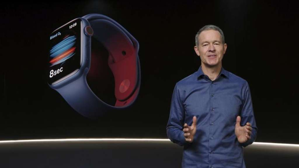 Jeff Williams, Chief Operating Officer von Apple, stellt die Apple Watch Series 6 vor. Foto: Apple/Apple via AP/dpa