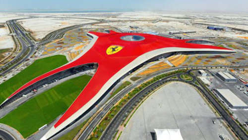 Abu Dhabi: Ferrari World-Themenpark