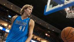 Nowitzki droht Operation