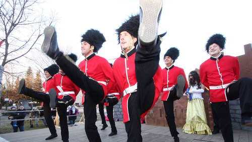 Die Londoner Grenadier Guards tanzten mit