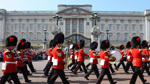 "Queen's Guard spielt ""Game of Thrones""-Melodie"
