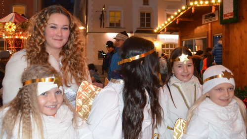 Christkindlmarkt am Freitag in Traunstein (1)