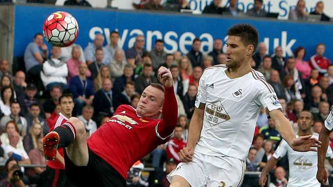 Wayne Rooney und Co. verloren bei Swansea City. Foto: Geoff Caddick