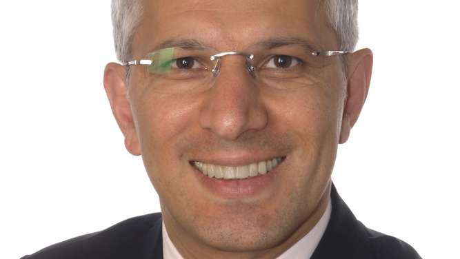 Dr. med. Dr. rer. nat. Mohammad Naraghi ist neuer Chief Executive Officer bei der Aenova Group.