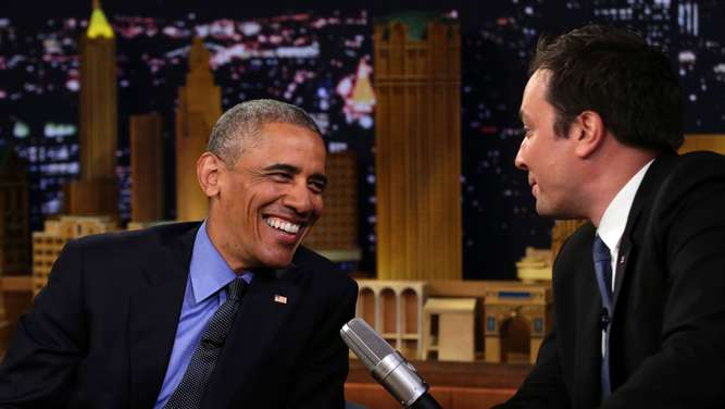 "In der US-Show ""Slow Jam the News"" bei Moderator Jimmy Fallon zeigt Obama sein anderes Talent."