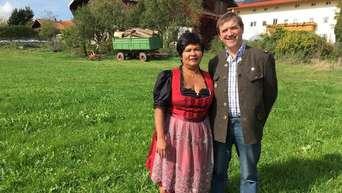Pittenhart Narumol Näht Jetzt Dirndl Das Kultpaar In Tv Sendung
