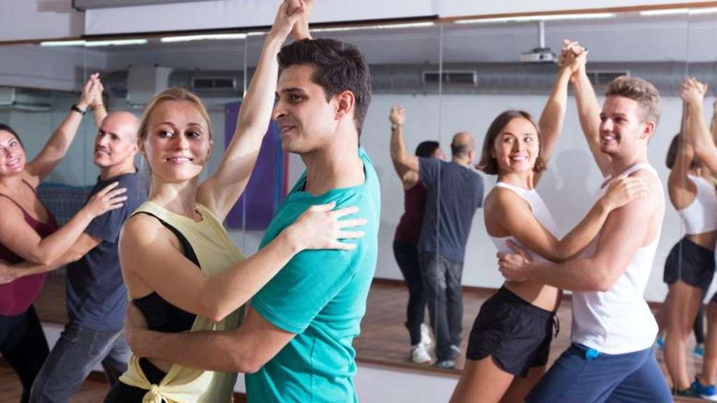 Chiemgau: Wo kann man das Tanzen ab besten lernen? Stimmen