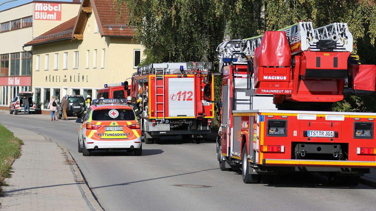 palling kuchenbrand in altenheim mitarbeiter konnen feuer eindammen grosseinsatz der feuerwehr palling