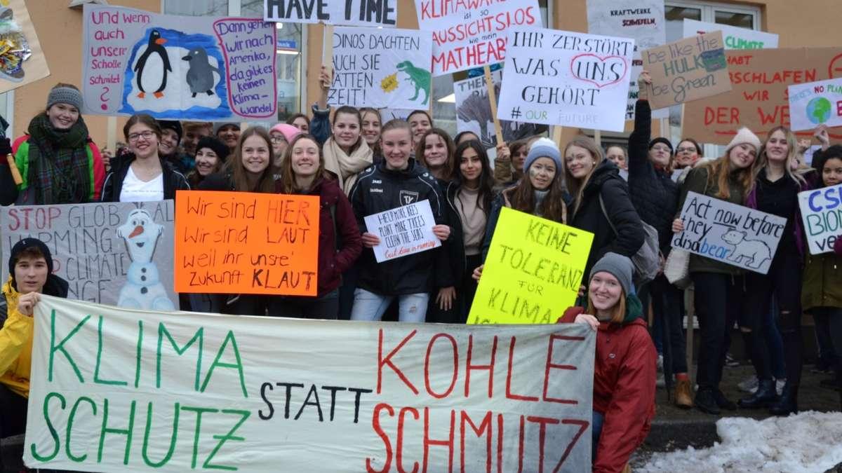 Friday For Future: Traunstein: 500 Schüler Demonstrieren Für Den Klimaschutz