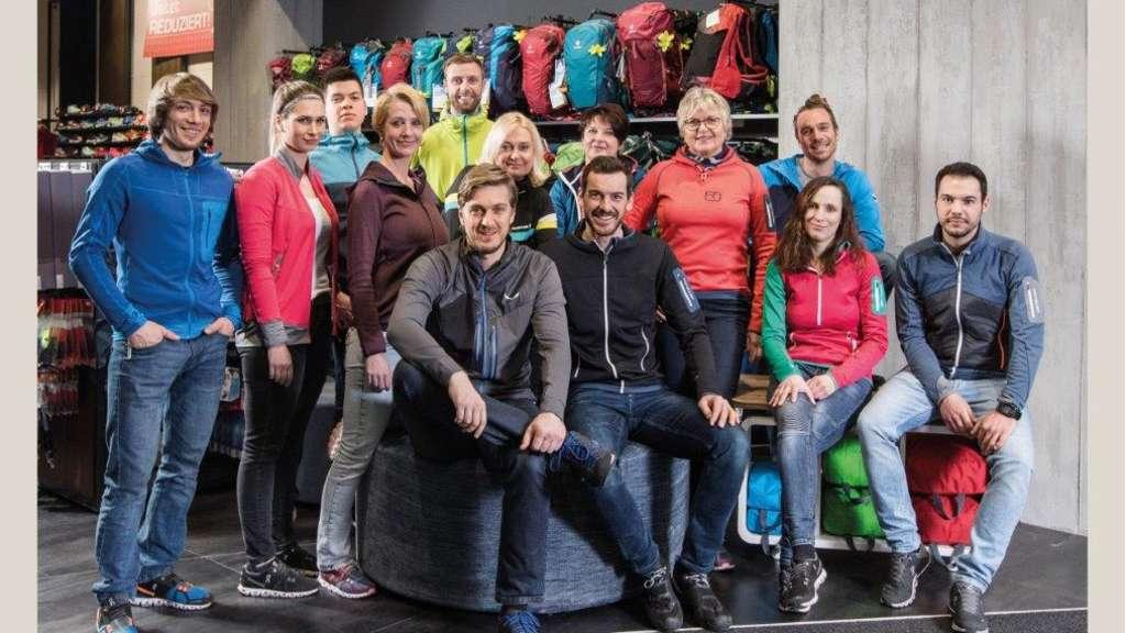 Finden für jeden Fuß den richtigen Schuh: das Team von Rad+Sport Schneider