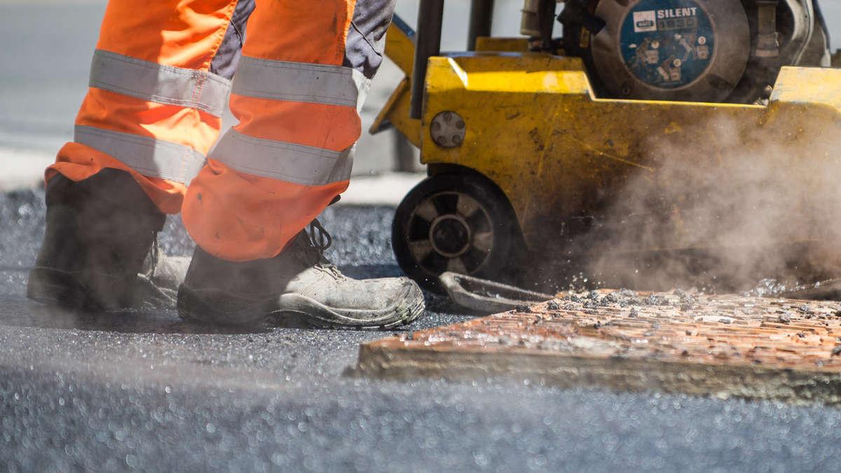 Traunreut: Sanierungsarbeiten in der Hochfellnstraße | Traunreut - chiemgau24.de